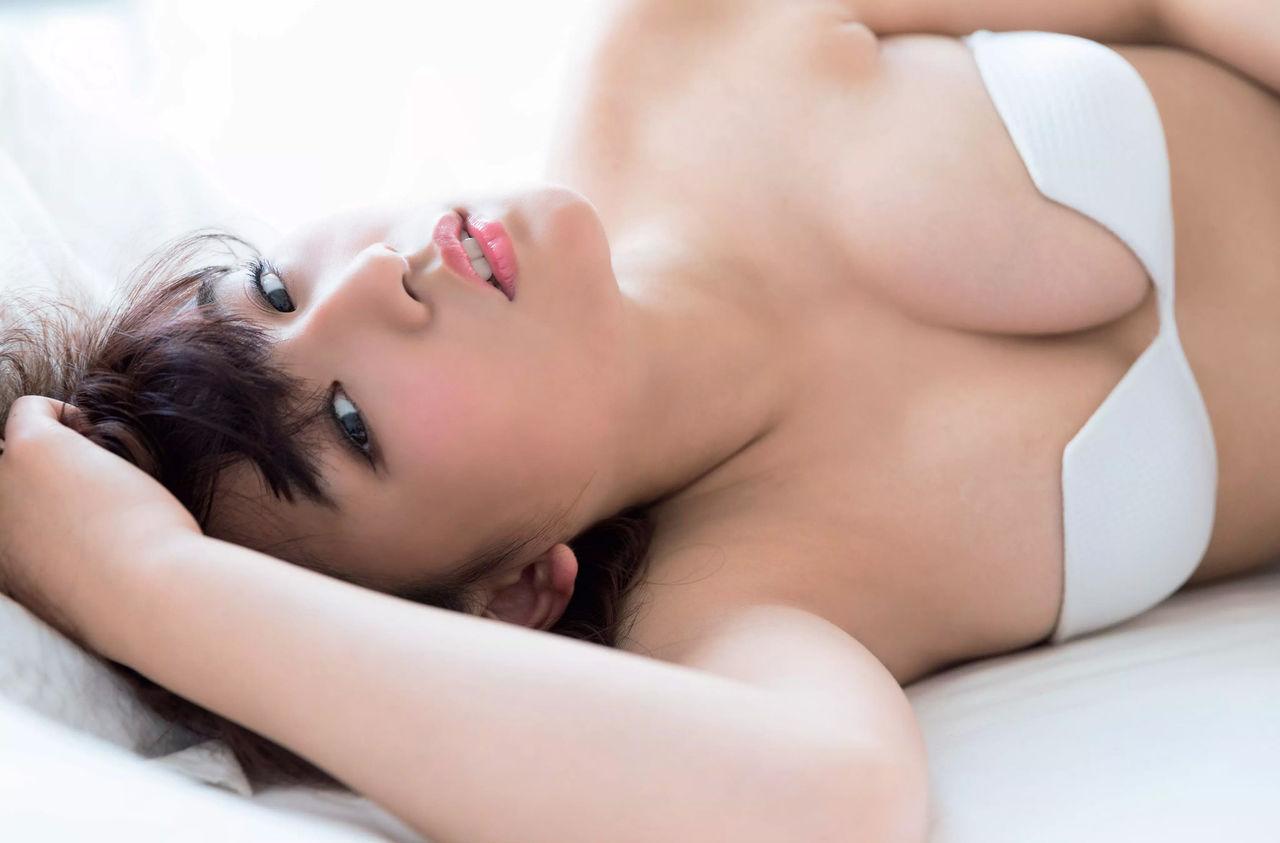 グラドル浅川梨奈の過激エロ画像