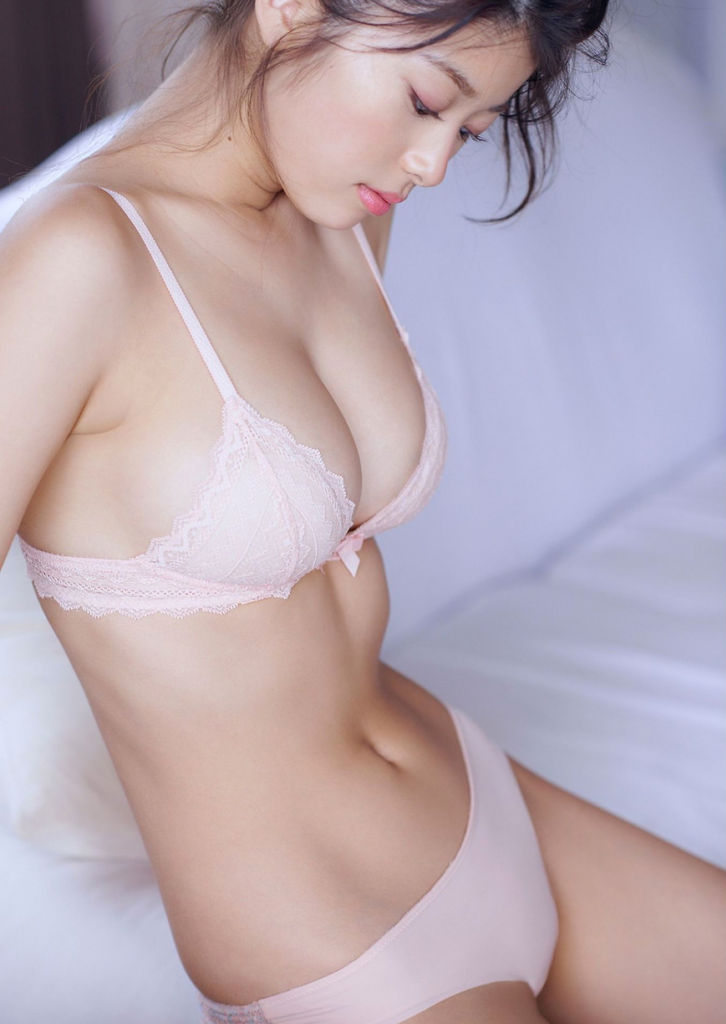 image Busty asian av model hana haruna in lingerie