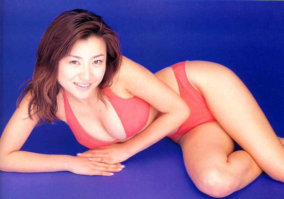 川村ひかるさんのビキニ